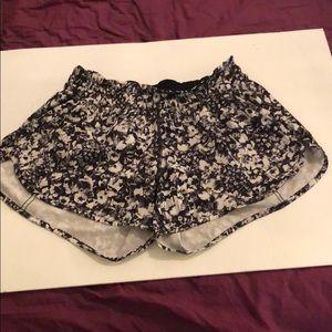 Lululemon Shorts size 12